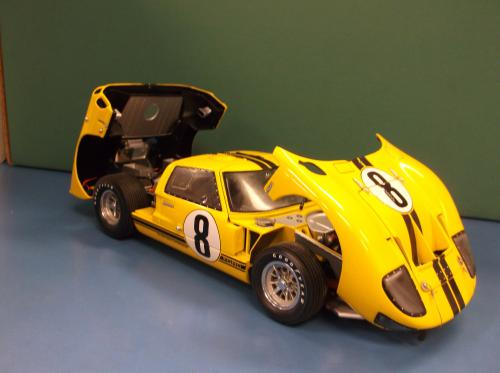 Exoto 1:18 Ford Racing 1966 Ford GT40 Mk II